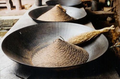Вок на протяжении многих столетий является непременным атрибутом китайской кухни