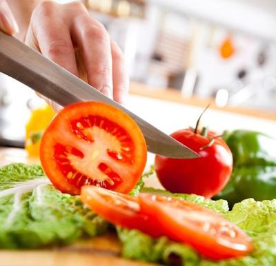 Порезы от ножа – самое распространенное повреждение, полученное на кухне